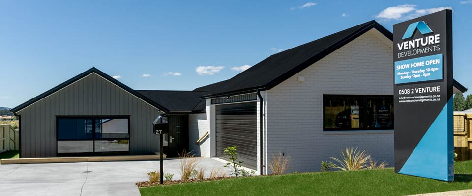 The Lakes Showhome